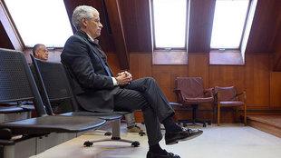 El ex presidente del Racing de Santander Francisco Pernía, acusado de...
