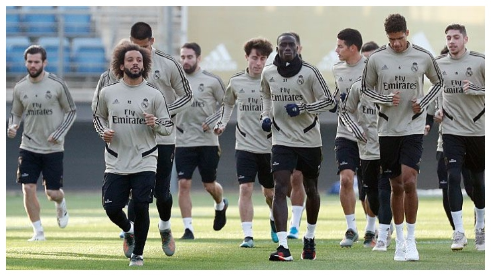 Real Madrid players, in training this afternoon.