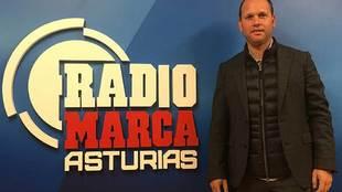 José Alberto López, en los estudios de Radio Marca Asturias
