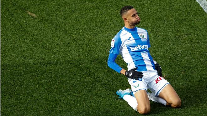 En-Nesyri celebra un gol con el Leganés.