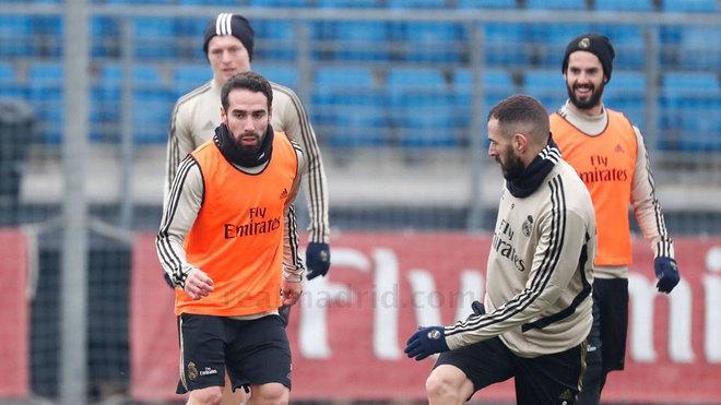 """Benzema va Beyl """"Sevilya""""ga qarshi o'yinda maydonga tushishga tayyor"""