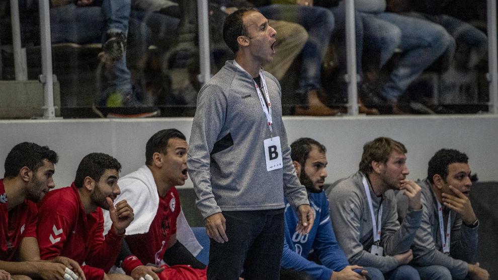 Roberto García Parrondo, en un partido de preparación de Egipto /