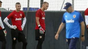 Jaume Doménech, Cillessen y Ochotorena, en un entrenamiento.