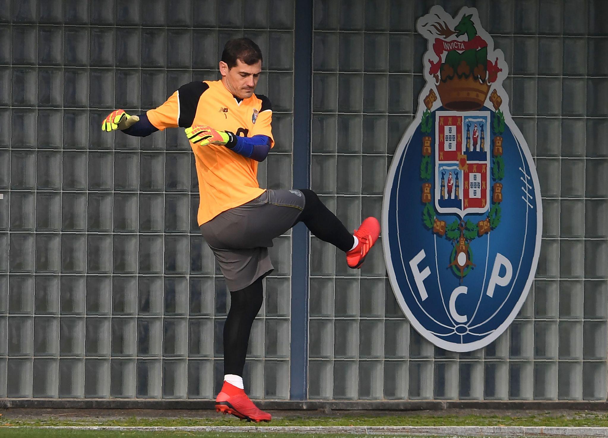 Iker Casillas entrenándose con el Oporto
