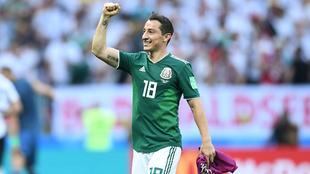 Andrés Guardado festeja en la Copa del Mundo Rusia 2018