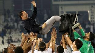Xavi celebra el título copero