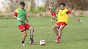 Carlos Valverde, durante un entrenamiento del Extremadura