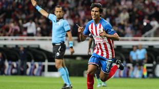 José Juan Macías durante el partido entre Chivas y Juárez.