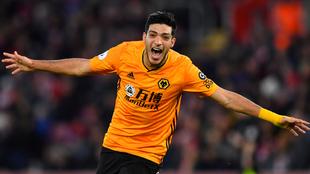 Jiménez festeja su gol 23 con los Wolves