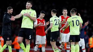El Arsenal sigue en crisis y se aleja de puestos europeos.