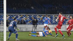 Un lance del partido entre Nápoles y Fiorentina