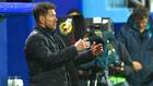 Simeone durante el partido en Ipurua.