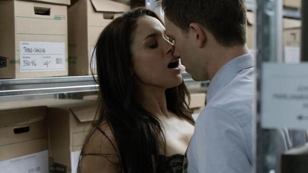Meghan Markle en una escena de la serie en la que antes trabajaba,...