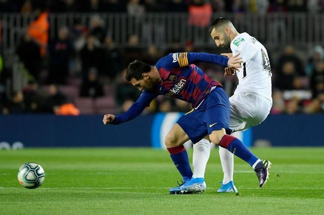 Messi y Gonalons.