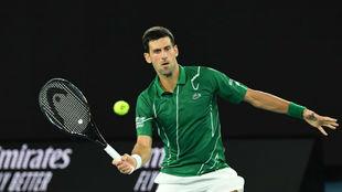 Djokovic conecta una volea