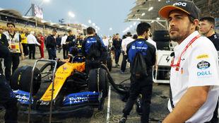 Alonso, durante una de las carreras (Bahréin), en la que fue...