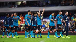 La plantilla del América tras el partido frente a los Tigres en el...