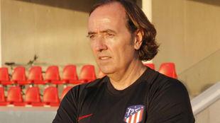 Pablo López en el Atlético Féminas.
