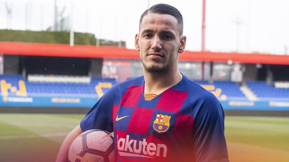 Rey Manaj, con la camiseta del Barça.