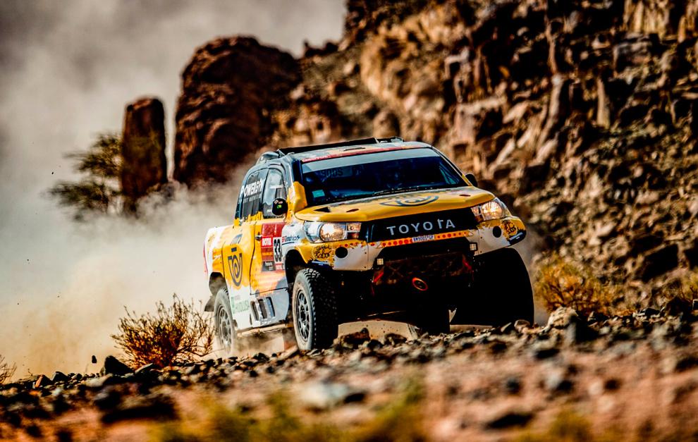 Jesús Calleja (Toyota) en acción con su Hilux.