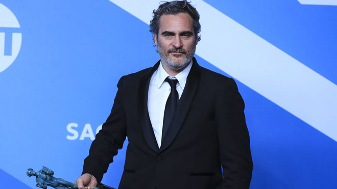 Joaquín Phoenix visitó un matadero de cerdos nada más ganar el...