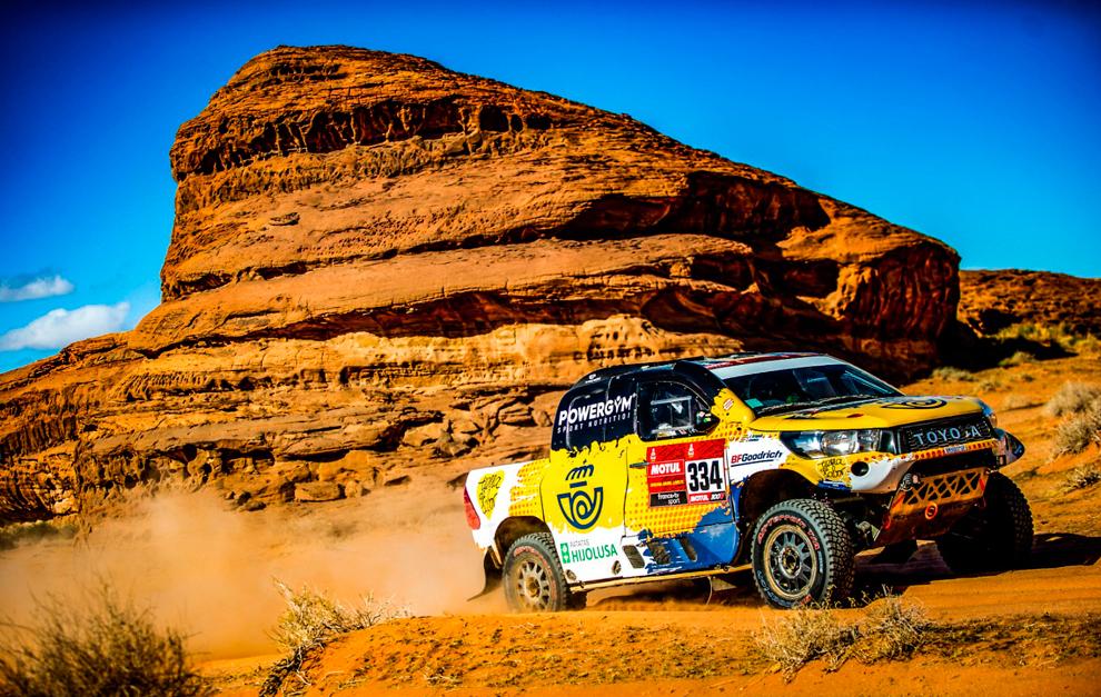 Jesús Calleja, entre los 30 primeros en el Dakar 2020.