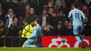 Jay Rodriguez celebra su gol al Manchester United
