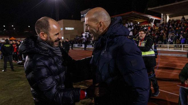 Luaces y Zidane se saludan en Las Pistas.
