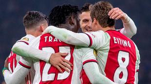 El Ajax celebra la victoria