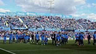 Jugadores y técnicos del Getafe agradecen el apoyo de los...