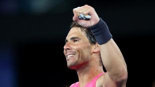 Rafael Nadal festeja su triunfo en el Open de Australia