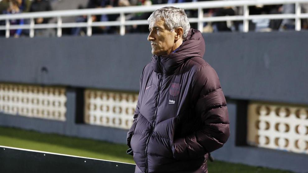 Quique Setién, durante el partido contra el Ibiza.