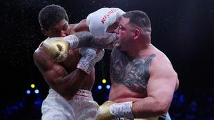 Poco pudo hacer Andy Ruiz ante Anthony Joshua en la pelea de revancha.