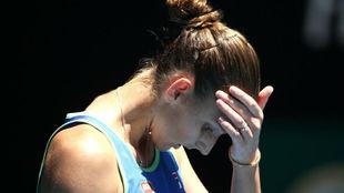 Pliskova se toca la cabeza tras fallar una jugada