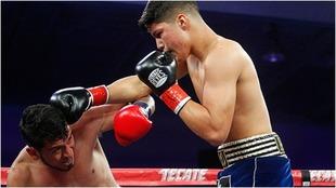 A sus 20 años es el boxeador del año 2019.