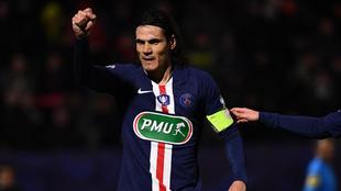 Cavani celebra un gol con el PSG.