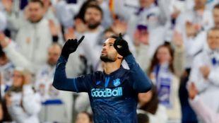 Willian José celebra el gol que marcó en el Bernabéu.