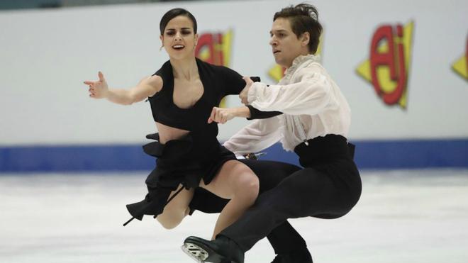 Sara Hurtado y Kirill Khaliavin durante su actuación de hoy.
