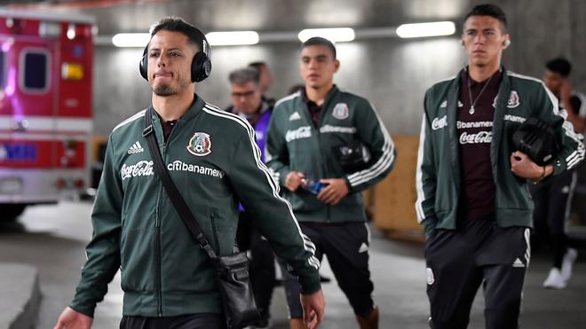 Chicharito y Carlos Rodríguez en selección mexicana.