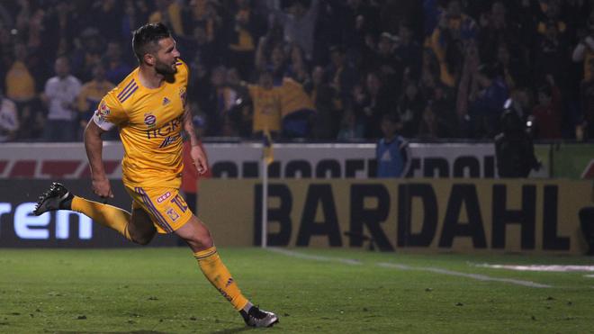 Gignac en la celebración de su gol.