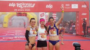 El podio femenino con Galimay (derecha).