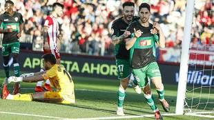Fidel celebra el primer gol del Elche en el Juegos Mediterráneos