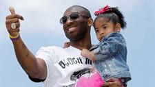 Kobe Bryant junto a su hija Gigi