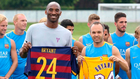 Kobe e Iniesta con el Barcelona.