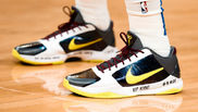 Recuerdo a Kobe Bryant en las zapatillas de Luka Doncic