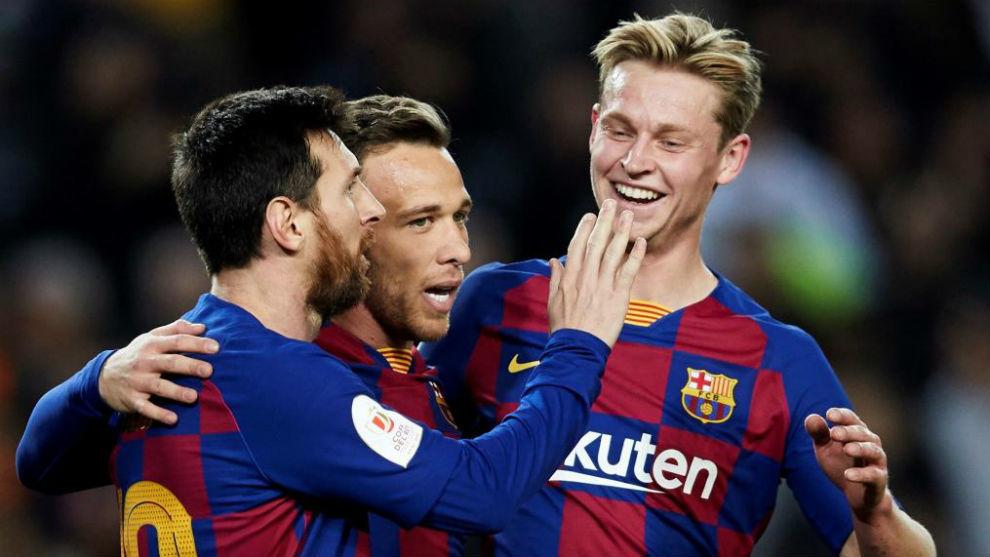 Messi, Arthur y De Jong