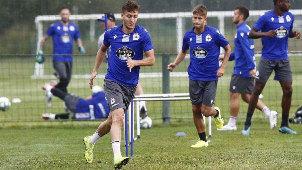 Borja Galán, en un entrenamiento del Deportivo