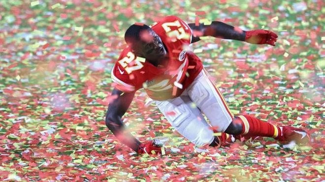 Fenton, tras la consecución de la Super Bowl.