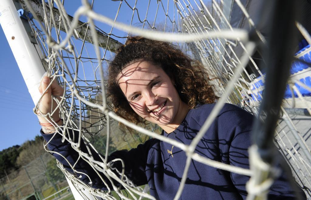 Nerea Eizagirre posa para MARCA durante un reportaje en Zubieta.
