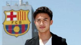 Hiroki abe, el día de su incorporación al Barcelona.